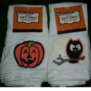 2 New 2-Packs Halloween Guest Towels Owl Pumpkin